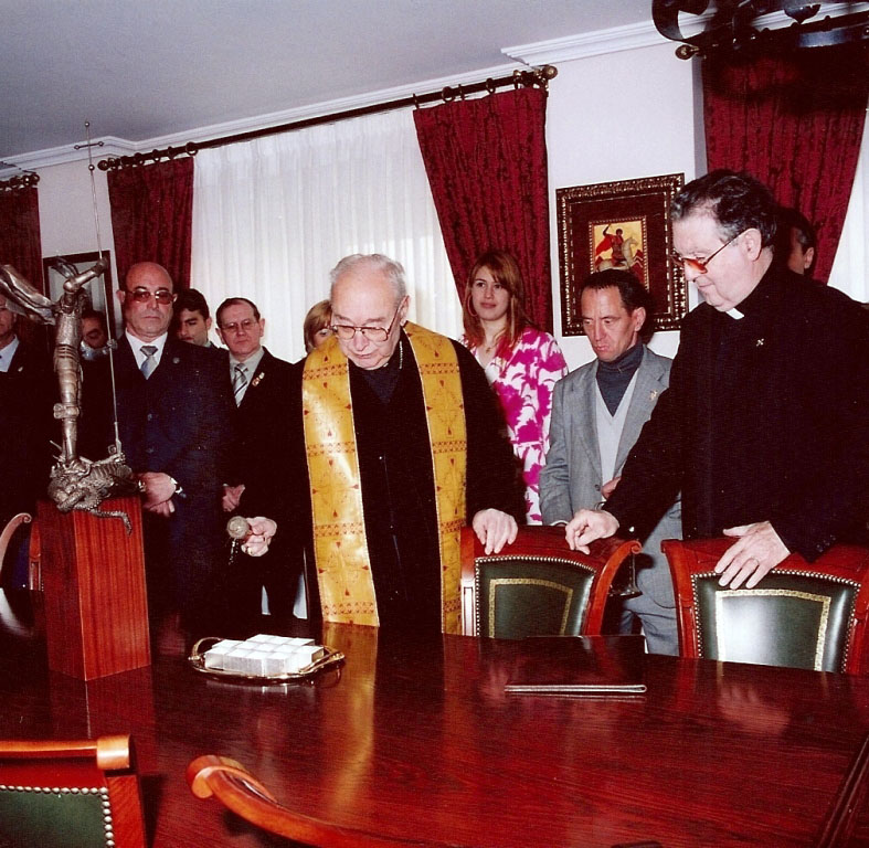 2004-04-23, Ricevimento presso la sede