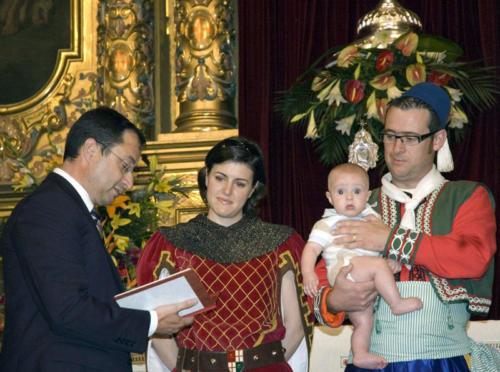 2010-09-05, Acte de lliurament del conte 'Ja arriba Sant Jordi a Banyeres de Mariola'