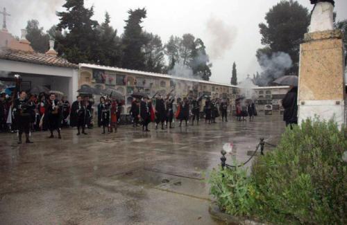 2011-05-02, Salvare il cimitero