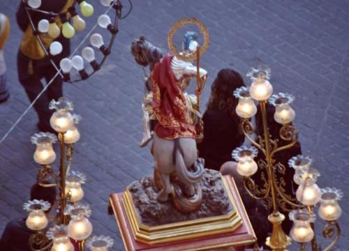 2011-04-28, Trasllat de l'ermita a l'església