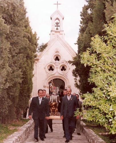 2004-04-21, Trasllat de l'ermita a l'església
