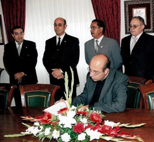 2002-09-01, Reception at headquarters