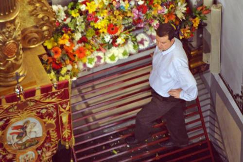 2011-04-29, Offrande de fleurs