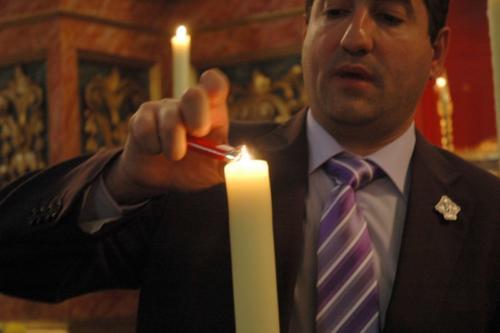 2011-04-30, Preparativos para la procesión de Sant Jordi
