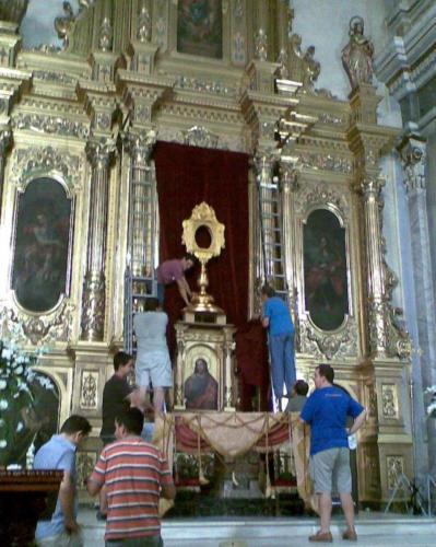 2009-09-02, Preparativos para las fiestas de la Reliquia