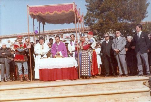 1972-04-25, Misa del cementerio