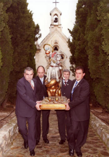 2008-04-21, Movendo-se a Capela na igreja