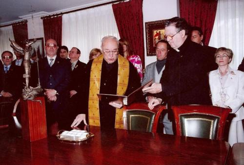 2004-04-23, Réception au siège