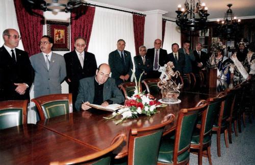 2002-09-01, Recepção na sede