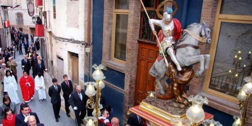 2014-04-21, Trasllat de l'ermita a l'església