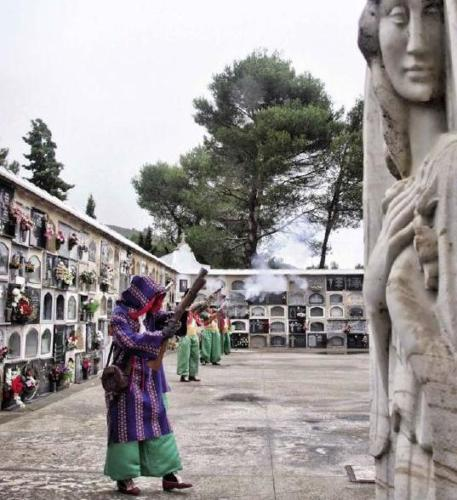 2011-05-02, Salve o cemitério