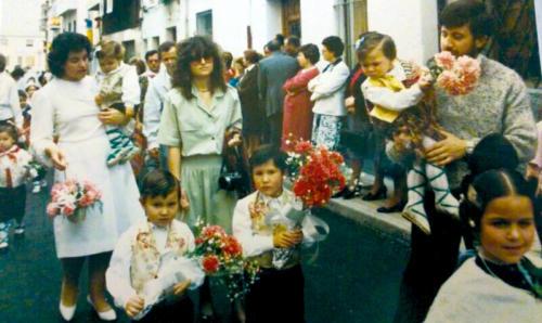 1987-04-22, Offrande de fleurs
